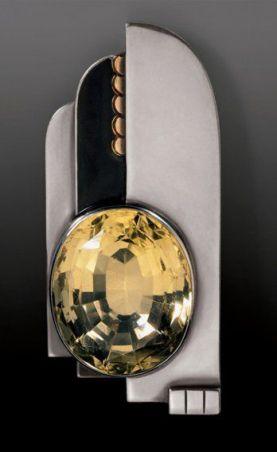 Jean Deprés, pendentif en argent, or, laque et citrine, 1932.